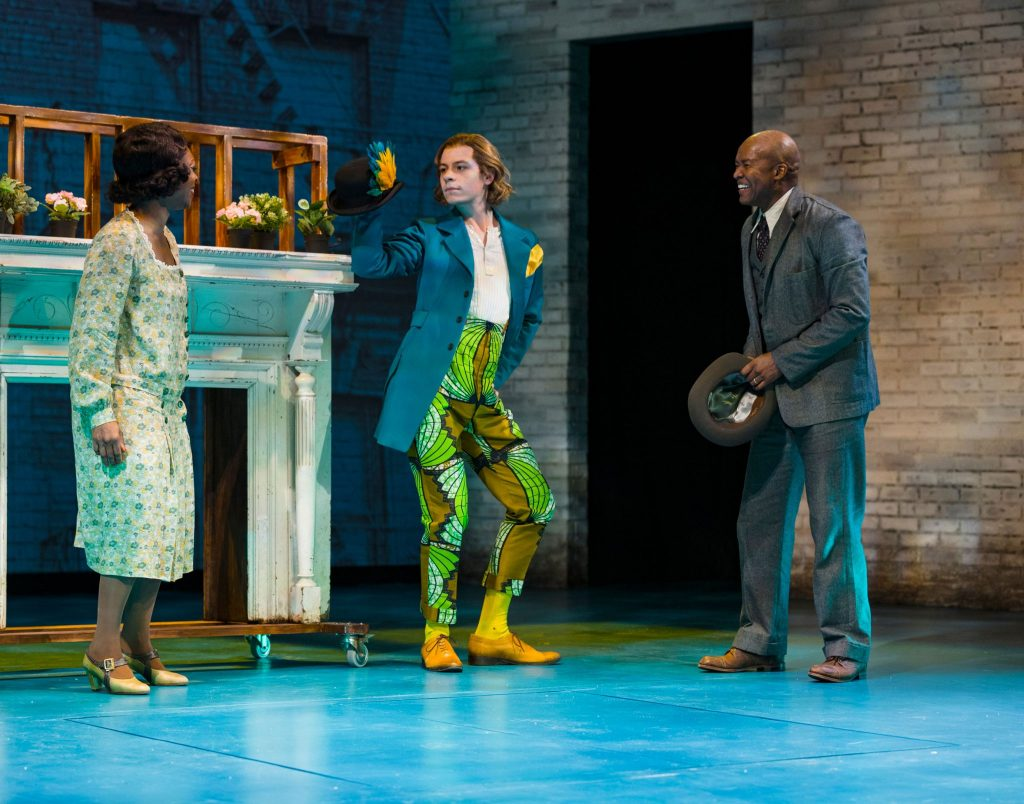 Violet and Joe during happyer times when she is gifted a 'Parrott', played by Avery Whitted.