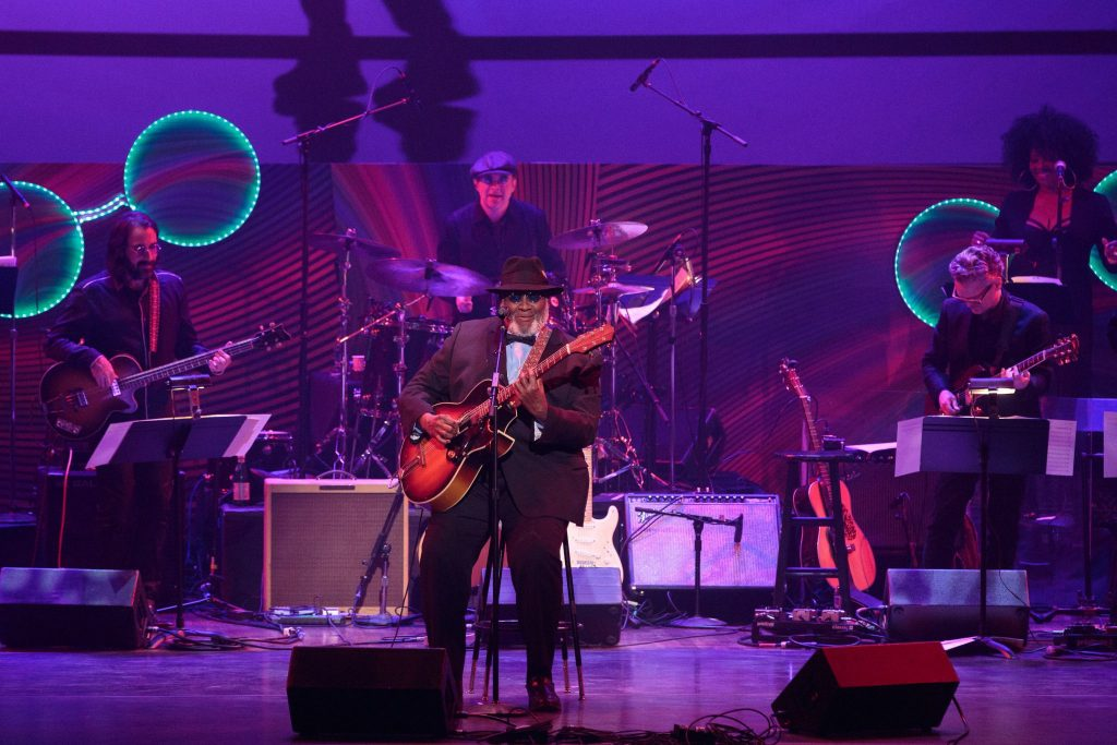 Legendary blues artist Taj Mahal rocked the house with his version of the Chuck Berry & Beetles period of collaboration.